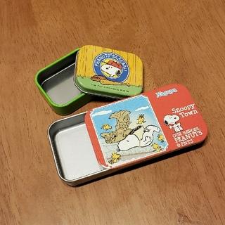ピーナッツ(PEANUTS)のPEANUTS 小物入れ缶 SNOOPY(キャラクターグッズ)