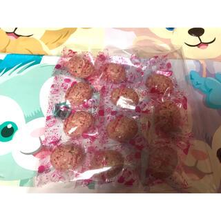 ディズニー(Disney)のディズニー♥クランチチョコ ストロベリー味 11個(菓子/デザート)