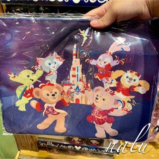 Disney - 香港ディズニー♡新作✨15周年記念 ダッフィー&フレンズA4サイズポーチ