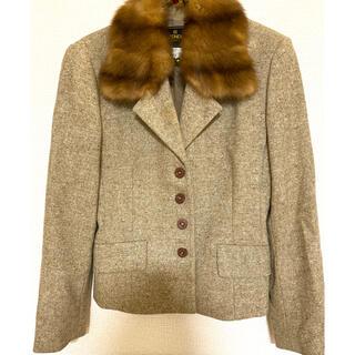 フェンディ(FENDI)の美品 フェンディ  ウール 襟 ウィーゼル 高級 本毛皮(毛皮/ファーコート)