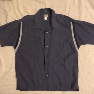 デラックス(DELUXE)のDELUXE bowlingシャツ(シャツ)