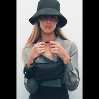 ZARA - 新品タグ ZARA ナイロンバケットハット M ブラック ザラ 帽子