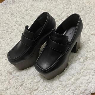 エモダ(EMODA)のEMODA ボリュームウッドローファー(ローファー/革靴)