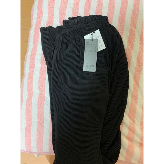 HARE(ハレ)のHARE プリーツパンツ 冬用 新品未使用 メンズのパンツ(スラックス)の商品写真