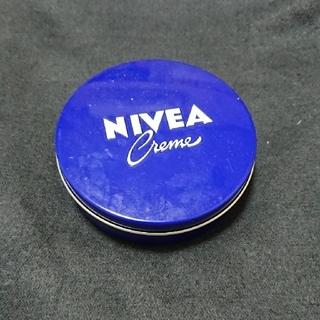 ニベア(ニベア)のニベア青缶(ハンドクリーム)