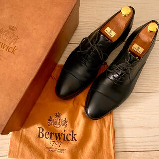 クロケットアンドジョーンズ(Crockett&Jones)の定価3.2万 ツリー付 Berwick バーウィック 革靴 ストレートチップ(ドレス/ビジネス)