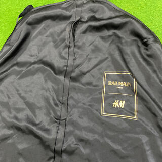 バルマン(BALMAIN)のスーツカバー H&M × BALMAIN(トラベルバッグ/スーツケース)