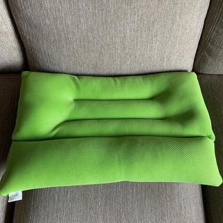 CooLZON 首狩り族 ネックピロー 枕(枕)