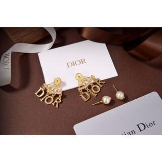 Dior - ディオール dior ピアス アルファベット