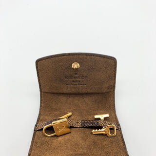 LOUIS VUITTON - ルイヴィトン カフス 新品 ケース付き