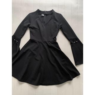lilLilly - 新品 韓国ファッション 黒 ワンピース  フレアスカート ミニ