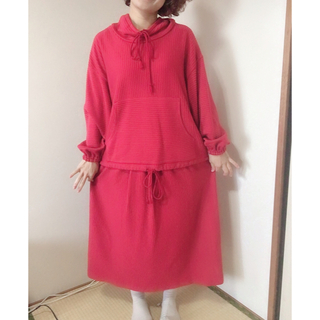 ロキエ(Lochie)のレトロ セットアップ 赤 スカート ヴィンテージ  古着(セット/コーデ)