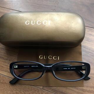 Gucci - GUCCIのロゴ入り伊達メガネ