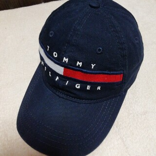 TOMMY HILFIGER - トミーヒルフィガー キャップ濃紺 ロングフラッグ