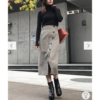 ムルーア(MURUA)のムルーア*ボタンペンシルスカート(ひざ丈スカート)