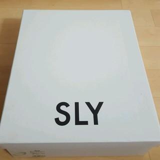 スライ(SLY)のSLY゛ウエッジソールサンダル/レッド(サンダル)