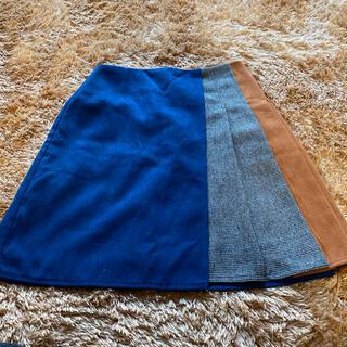 セシルマクビー(CECIL McBEE)の色、デザインが個性的なスカート(ひざ丈スカート)