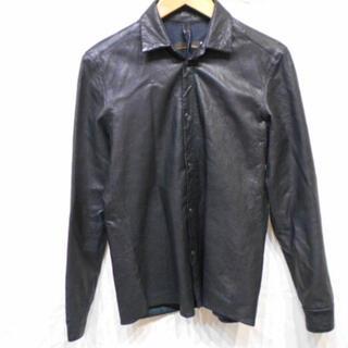 トゥモローランド(TOMORROWLAND)のラムレザーシャツ(シャツ)