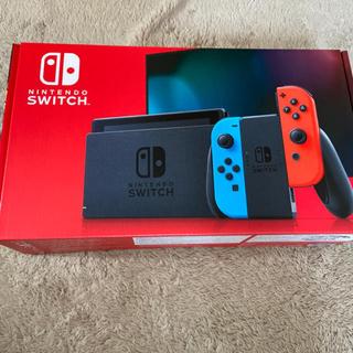 ニンテンドースイッチ(Nintendo Switch)の任天堂 Nintendo Switch 本体 新品未開封保証一年(家庭用ゲーム機本体)