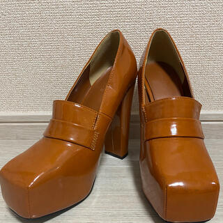 エモダ(EMODA)のEMODAスクエアトゥーローファー(ローファー/革靴)