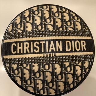 Dior - ディオール スキンフォーエバークッションファンデ