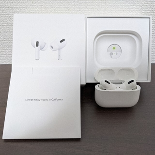 Apple - 【美品】Airpods pro 国内正規品(シリコンケース付き)