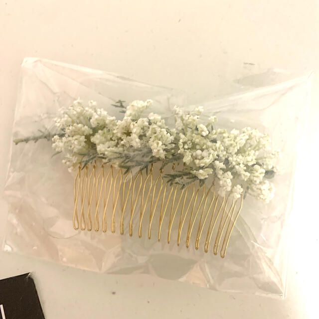 Ane Mone(アネモネ)のドライフラワー 風ヘアアクセ 未使用 レディースのヘアアクセサリー(バレッタ/ヘアクリップ)の商品写真