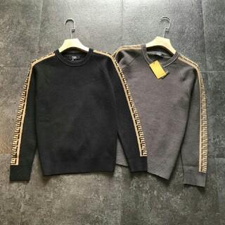 フェンディ(FENDI)のFENDI ウールセーター フェンディ シンプル 黒(ニット/セーター)