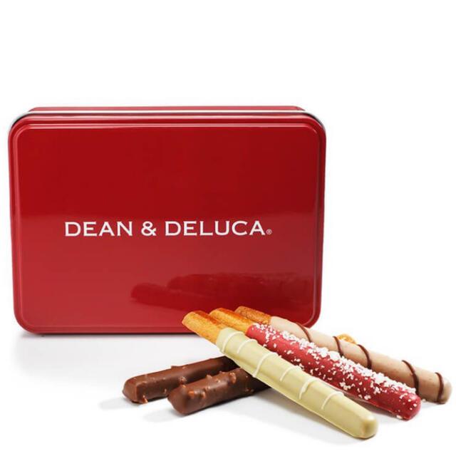 DEAN & DELUCA(ディーンアンドデルーカ)の<完売>DEAN & DELUCAチョコレートカバードプレッツェル アソート赤缶 インテリア/住まい/日用品のインテリア小物(小物入れ)の商品写真
