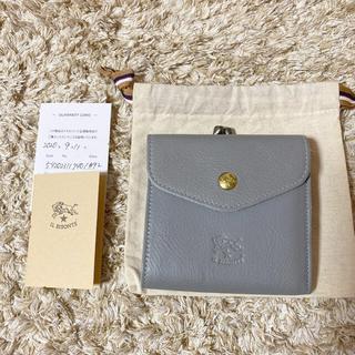 イルビゾンテ(IL BISONTE)のイルビゾンテ がま口二つ折り財布 限定色クレイグレー(財布)