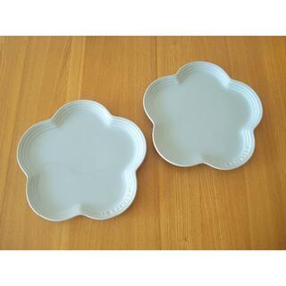 ルクルーゼ(LE CREUSET)のルクルーゼ フラワープレート L 2枚セット サテンブルー■未使用 食器 水色(食器)