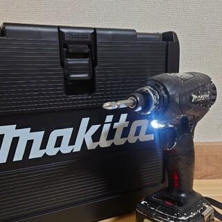 マキタ(Makita)のマキタ 14.4V 中古 インパクトドライバ TD133D(その他)