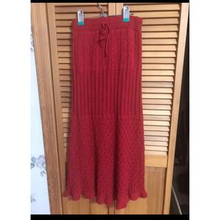 ジーユー(GU)のgu 透かし編みニットスカート 赤(ロングスカート)