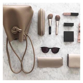 アパルトモンドゥーズィエムクラス(L'Appartement DEUXIEME CLASSE)のbond mini leather bag(ハンドバッグ)