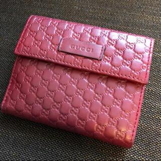 Gucci - GUCCI 二つ折り財布 赤