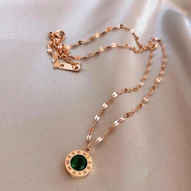 Lily Brown(リリーブラウン)のネックレス グリーン 丸 レディースのアクセサリー(ネックレス)の商品写真