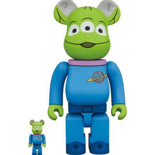 メディコムトイ(MEDICOM TOY)の3体セットbe@rbrick toy story alien 100%&400%(キャラクターグッズ)