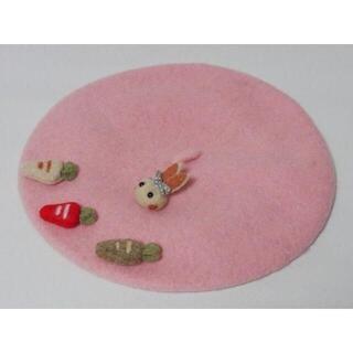 新品 ゴスロリ姫系 可愛い ウサギさんと人参のベレー帽 ピンク(ハンチング/ベレー帽)