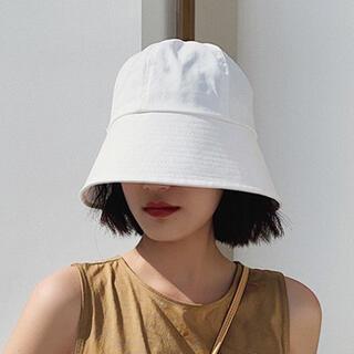 【ホワイト/M】ハット 帽子 UVカット つば広 小顔効果(ハット)