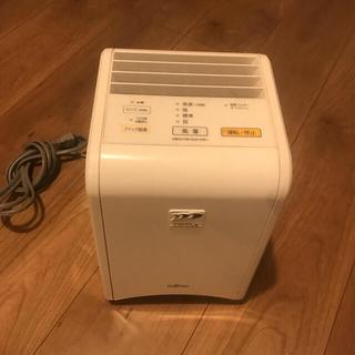フジツウ(富士通)のFUJITSUゼネラル 脱臭機 DAS-15E-W(空気清浄器)