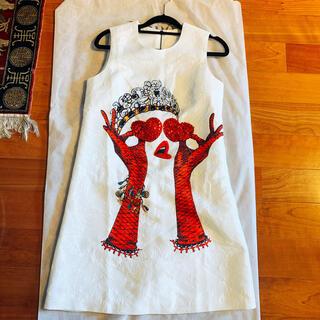 BCBGMAXAZRIA - 新品 43000円 美しい豪華ビジューホワイトドレス 7号