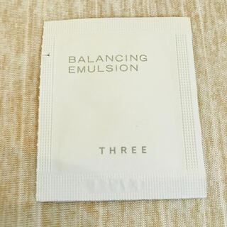 スリー(THREE)の【新品】THREE バランシング エマルジョン ×1(乳液/ミルク)
