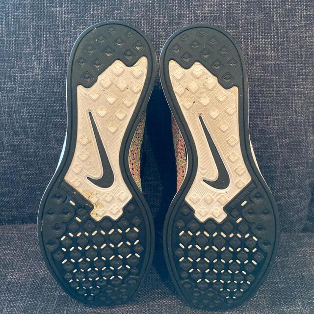 NIKE(ナイキ)の27cm フライニットレーサー マルチカラー 初期黒タン メンズの靴/シューズ(スニーカー)の商品写真