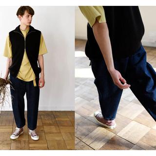 ヤエカ(YAECA)のunfil cotton denim wide tapered trousers(デニム/ジーンズ)