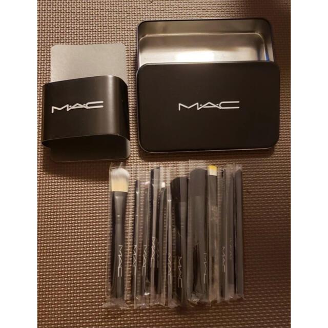 MAC(マック)の大人気!♡送料込み♡ 再入荷 MAC メイク ブラシ マック コスメ/美容のメイク道具/ケアグッズ(ブラシ・チップ)の商品写真