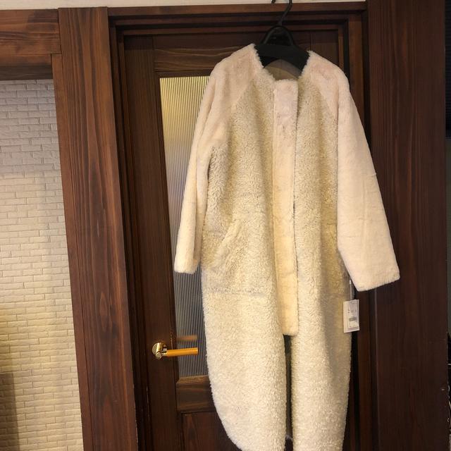 Ameri VINTAGE(アメリヴィンテージ)のり〜〜〜様専用★AMERI  REVERSIBLE TWIN BOA COAT レディースのジャケット/アウター(ムートンコート)の商品写真