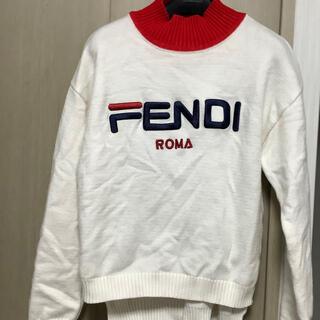 フェンディ(FENDI)のFENDI &FILAコラボ カシミヤフルオーバーWhite Black(ニット/セーター)