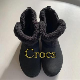 クロックス(crocs)のCrocs クロックス ファー ショート ブーツ 黒 W7(ブーツ)