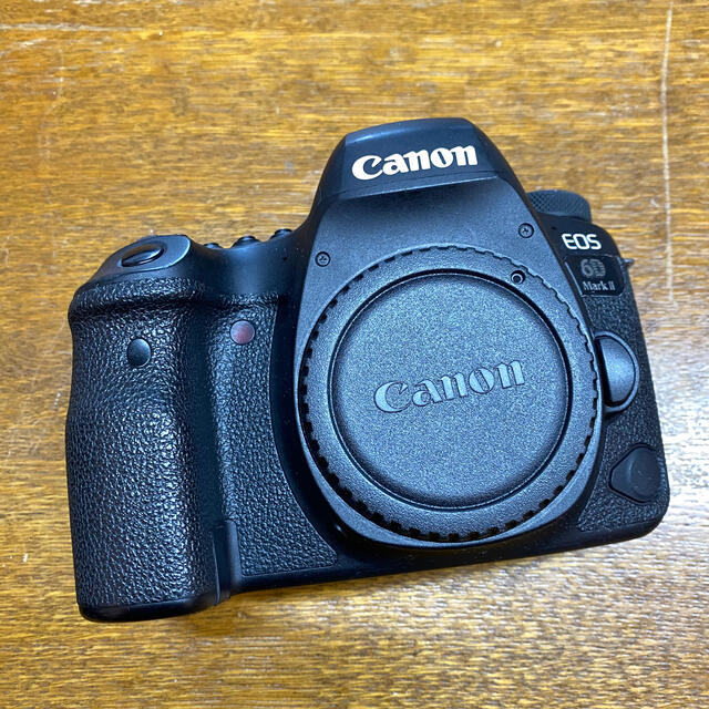 Canon(キヤノン)のCanon EOS6D Mark2 ボディ スマホ/家電/カメラのカメラ(デジタル一眼)の商品写真