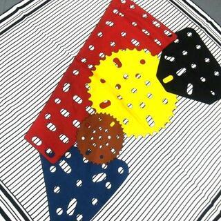 ロエベ(LOEWE)のLOEWE(ロエベ) スカーフ - 白×黒×マルチ(バンダナ/スカーフ)